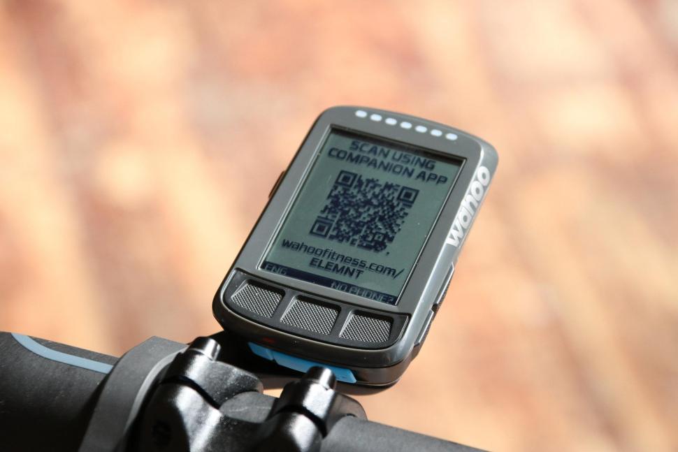 Wahoo Elemnt Bolt GPS bike computer - screen.jpg