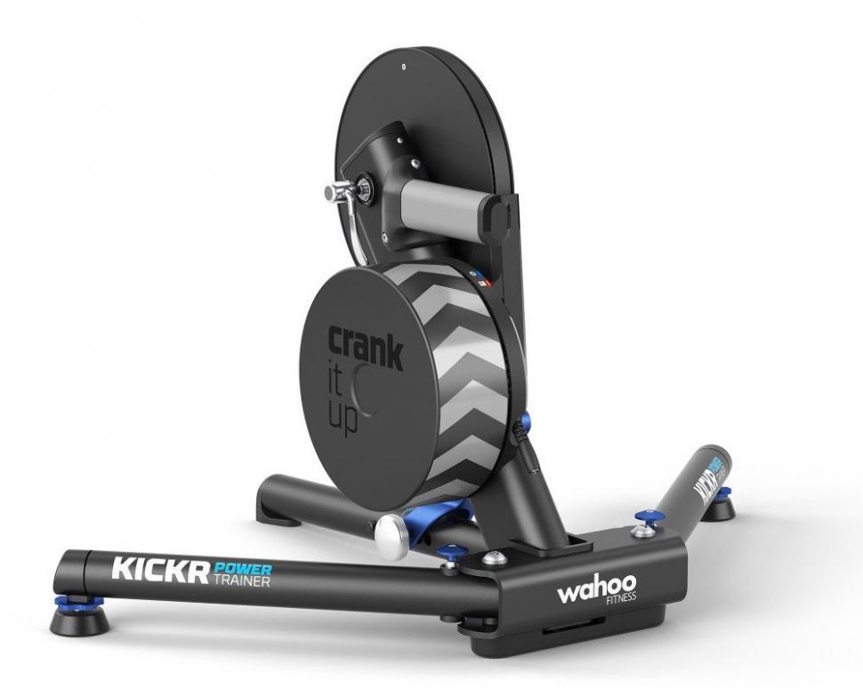 Wahoo-Fitness-KICKR-Power-Indoor-Turbo-Trainer-flywheel.jpg