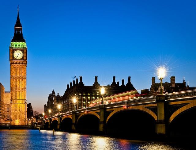 Westminster Bridge (CC licensed by Tomas via Flickr).jpg