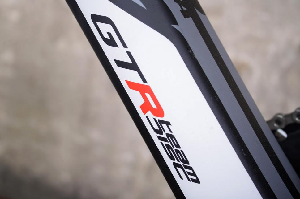 Wilier GTR Team Disc - down tube detail.jpg