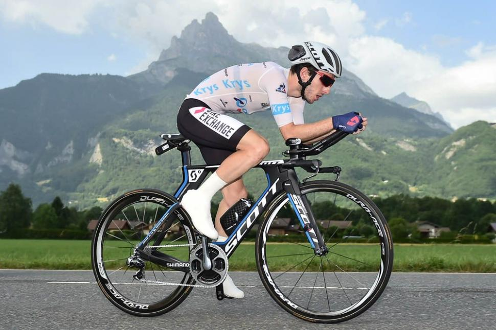 Chris Froome Wins Uphill Time Trial By Going Full Aero