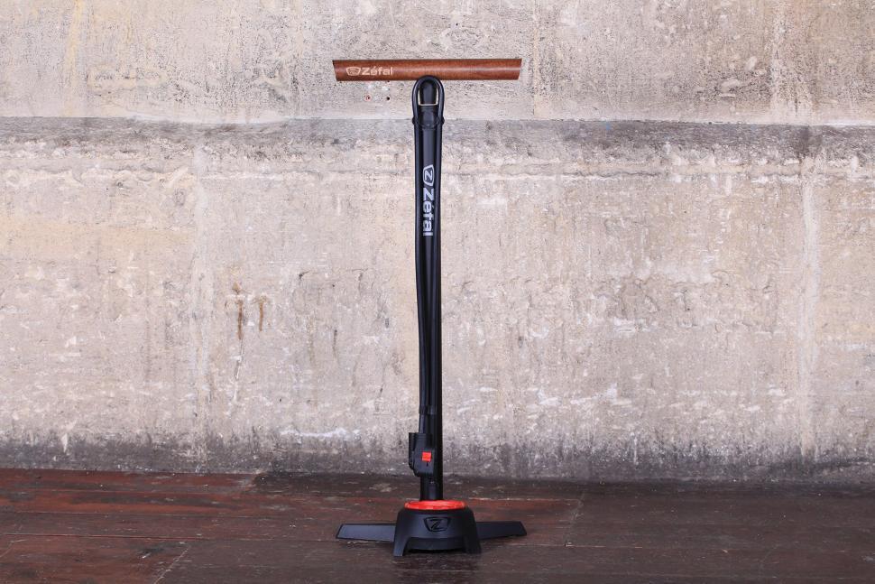 Review: Zefal Profil Max FP60 Floor Pump   Road.cc