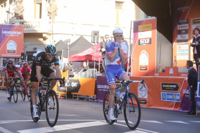 Arnaud Démare wins 2016 Milan-San Remo (ANSA, PERI - ZENNARO).jpg