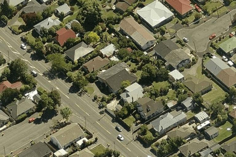 Barrington Street (bottom left) and Roker Street (top right) in Christchurch, NZ (source Bing Maps).PNG