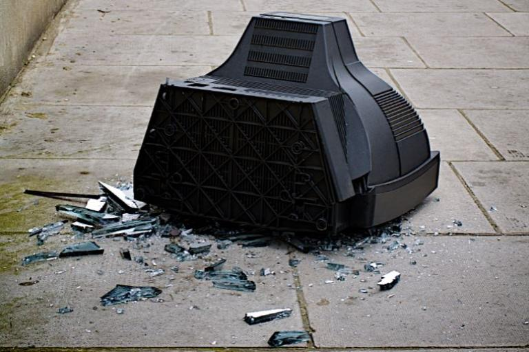 Broken TV (picture copyright Simon MacMichael).JPG