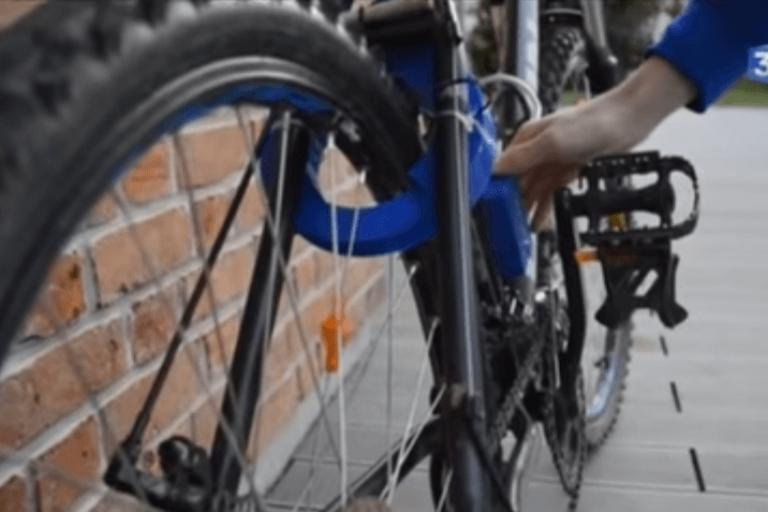 Contactless bike lock - image via Hauts-de-France YouTube.PNG