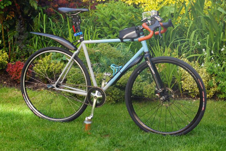 13 Of The Best Mudguards For Any Type Of Bike Keep Dry When It S