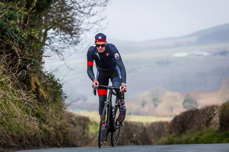 David Millar on the Cote de Harwood Dale (Alex Whitehead).jpg