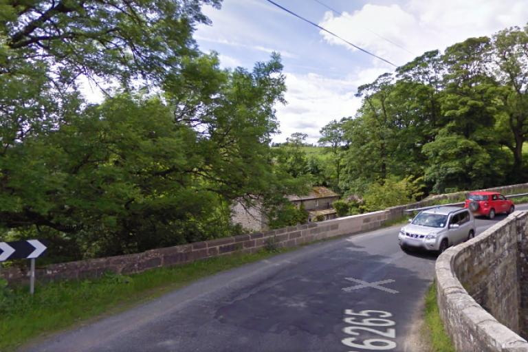 Dibbles Bridge (Google Street View).png