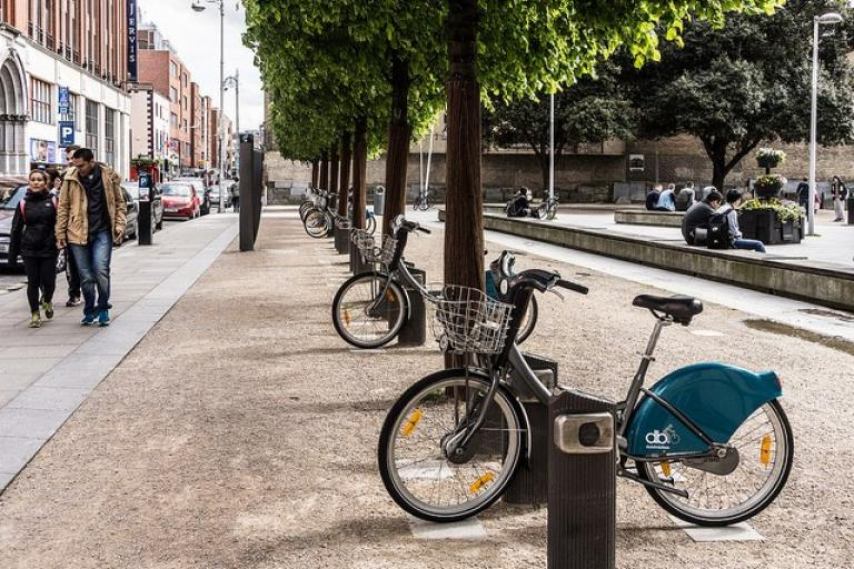 Dublin Bikes on Wolfe Tone St (licensed CC BY SA 2.0 on Flickr by William Murphy).jpg
