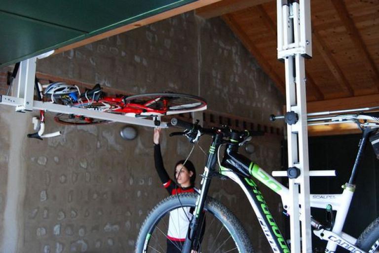 flat-bike-lift.JPG