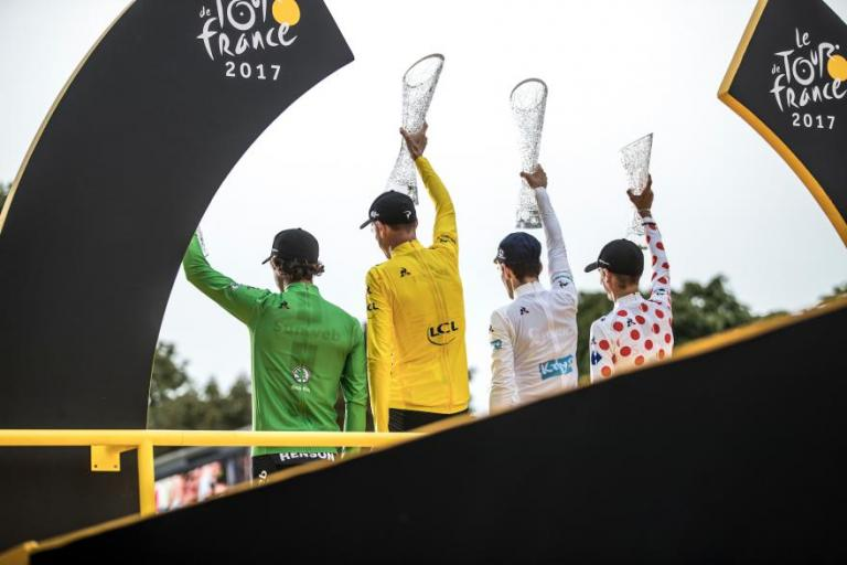 Froome tour champ 17.jpg
