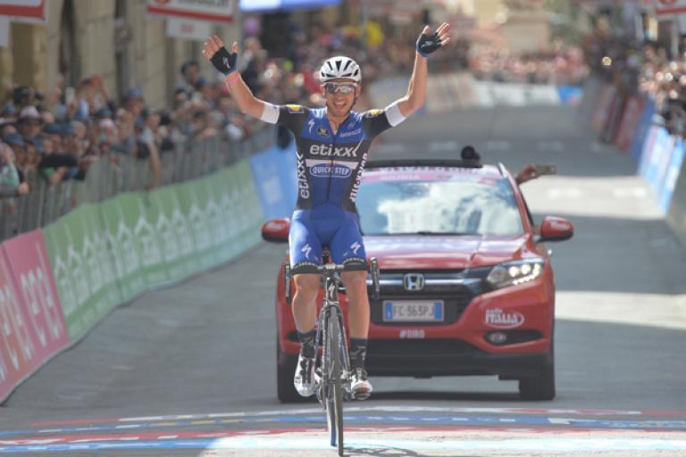 Gianluca Brambilla winning stage 8 of the 2016 Giro d'Italia (ANSA - PERI, DI MEO, ZENNARO).jpg