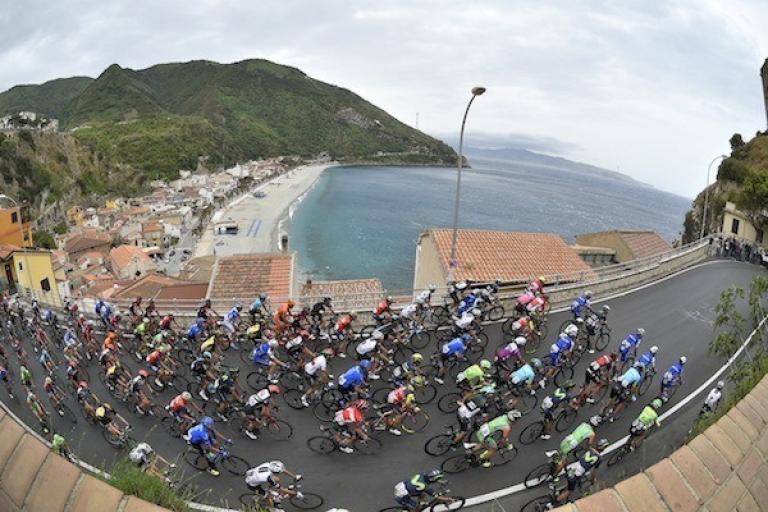Giro d'Italia 2017 Stage 6 (picture credit LaPresse D'Alberto-Ferrari).jpg