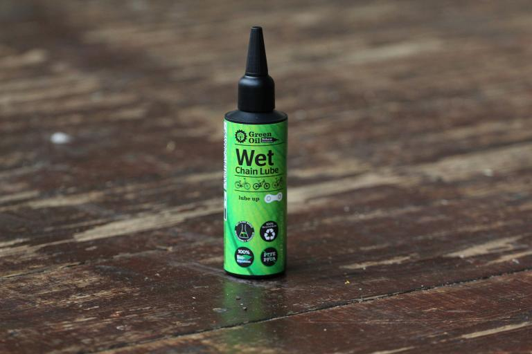 Green Oil Wet Chain Lube.jpg