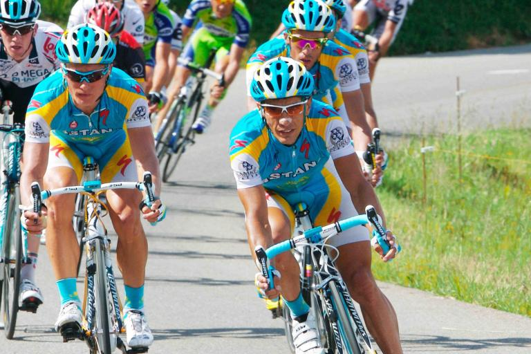 Astana's Alexandre Vinokourouv and Alerto Contador © PhotoSport International.jpg