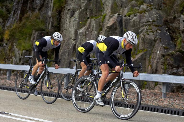 Halfords team riding.jpg