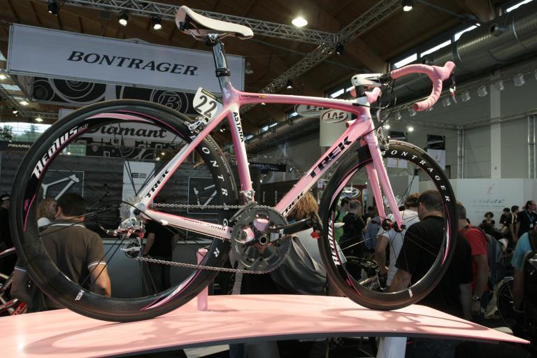 Alberto Contador's Pink Madone