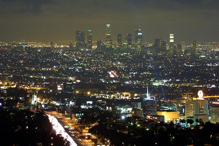 Los Angeles skyline at night (copyright Thomas Pintario:Wikimedia Commons).jpg