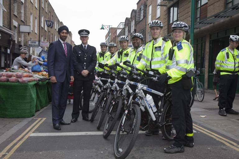 Metropolitan Police Task force with Kulveer Ranger and Mark Gore (picture credit TfL).jpg