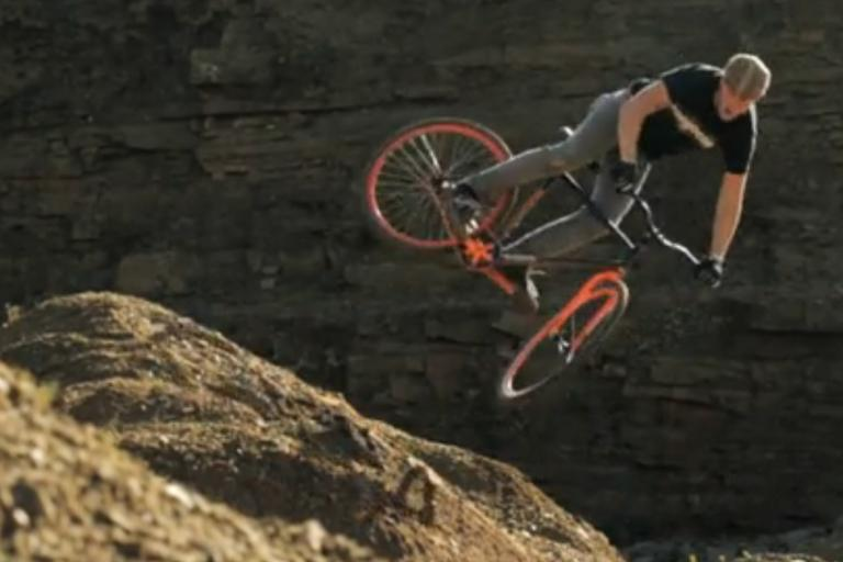 Chris Akrigg riding unfixed