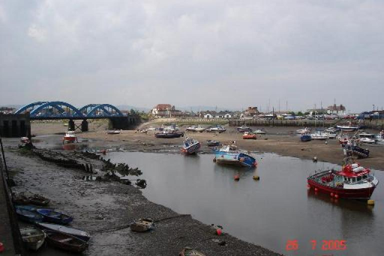 Rhyl_harbour_-_geograph_org_uk_-_30653.jpg
