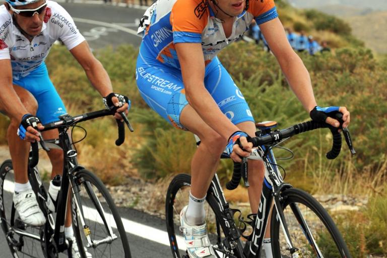 Ryder Hesjedal on his way to winning Stage 12 of the 2009 Vuelta © Unipublic