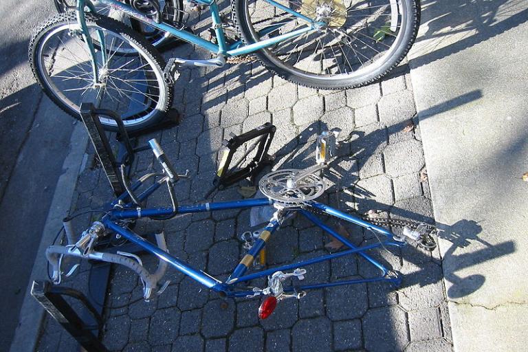bike lock.jpg