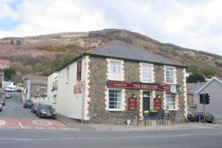Red Cow, Treorchy