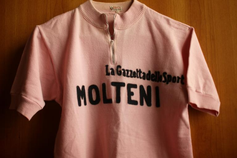 Eddy Merckx 1972 maglia rosa.jpg