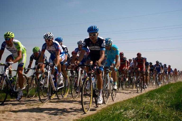 Paris-Roubaix 2011: The peloton chases © Simon MacMichael.jpg