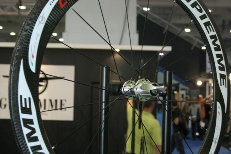 Gipiemme H6.0 carbon wheel