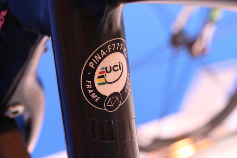 Pinarello Dogma 2012 UCI sticker.jpg