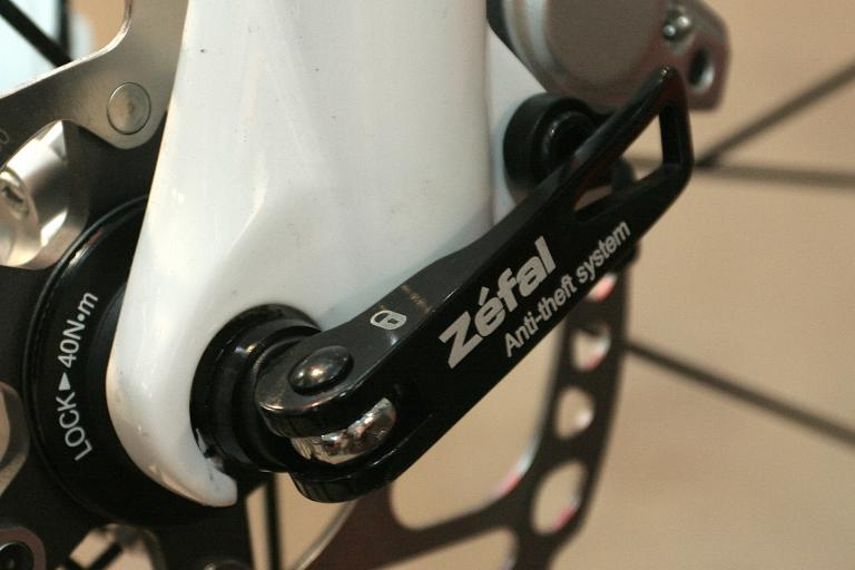 Zéfal locking skewers - detail