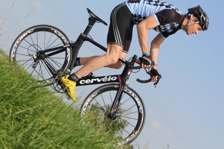 Cervelo S5 riding 1.jpg