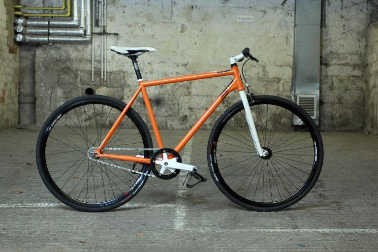 Identiti Persona - full bike