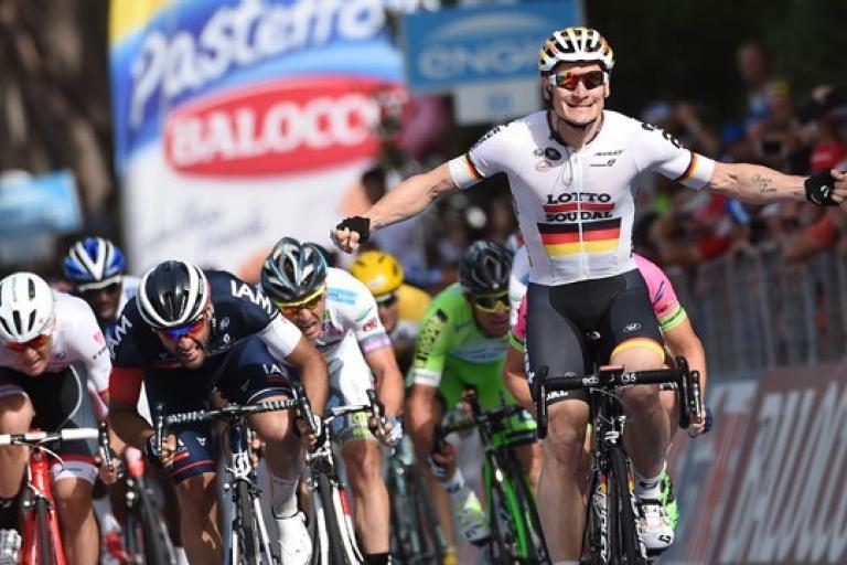 Andre Greipel wins 2015 Giro Stage 6 (picture ANSA, Dal Zennaro)
