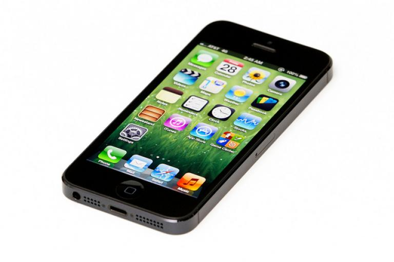 Apple iPhone 5 (CC BY 2.0 licensed on Flickr by Yutaka Tsutano)