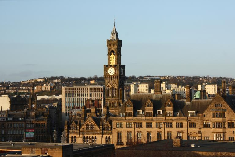 Bradford (CC BY-SA 2.0 licensed by Neil Turner:Flickr)