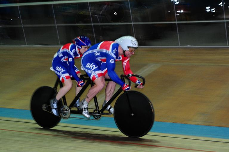 Craig MacLean and Neil Fachie (copyright Britishcycling.org.uk)