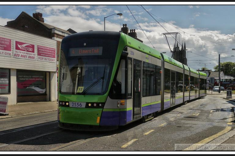 Croydon tram (CC BY-NC-ND 2.0 Tadie88:Flickr)