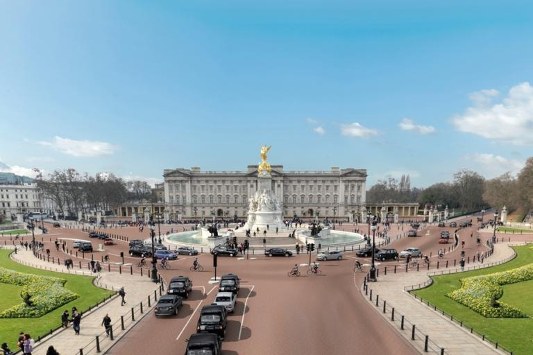 East-West Cycle Superhighway Buckingham Palace