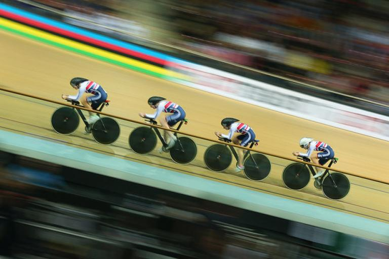 14 Of The Fastest Longest And Maddest Cycling World Records Road Cc