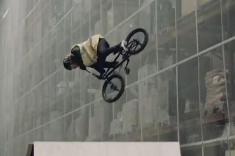 Halfords and Mongoose Christmas 2014 video