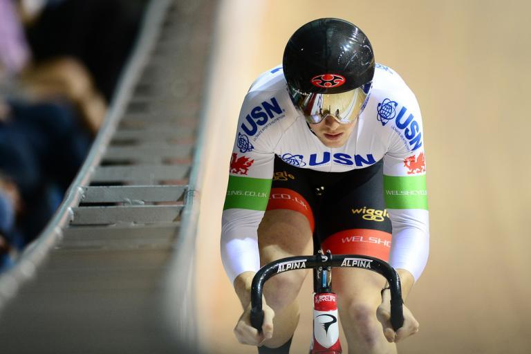 Lewis Oliva (©ALEX BROADWAY:SWPIX.COM:British Cycling)