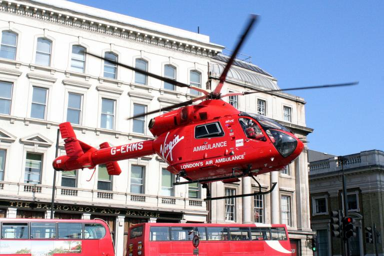 London Air Ambulance helicopter (CC BY-NC-ND 2.0 by Stewart Macfarlane:Flickr)