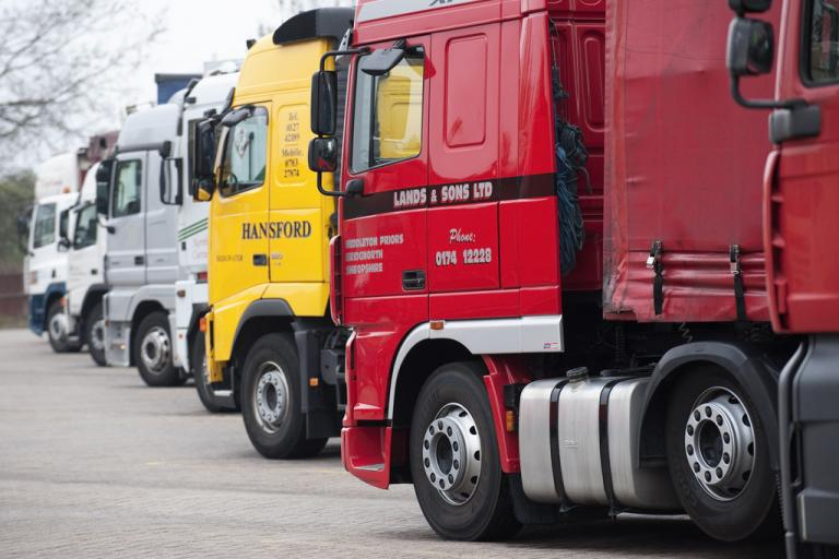 Lorries (licensed under CC BY SA 2.0 by Highways Agency)