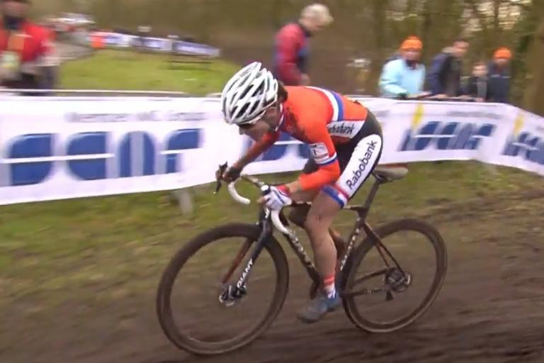 Marianne Vos on way to winning 2014 CX Worlds (UCI YouTube still)