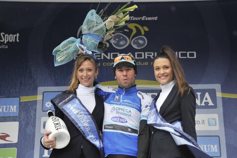 Mark Cavendish in Tirreno-Adriatico leaders jersey (Gian Mattia d'Alberto-LaPresse-RCS Sport)