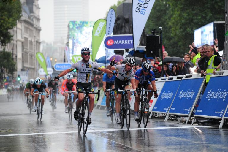 ToB 2011 Mark Cavendish wins in London.jpg